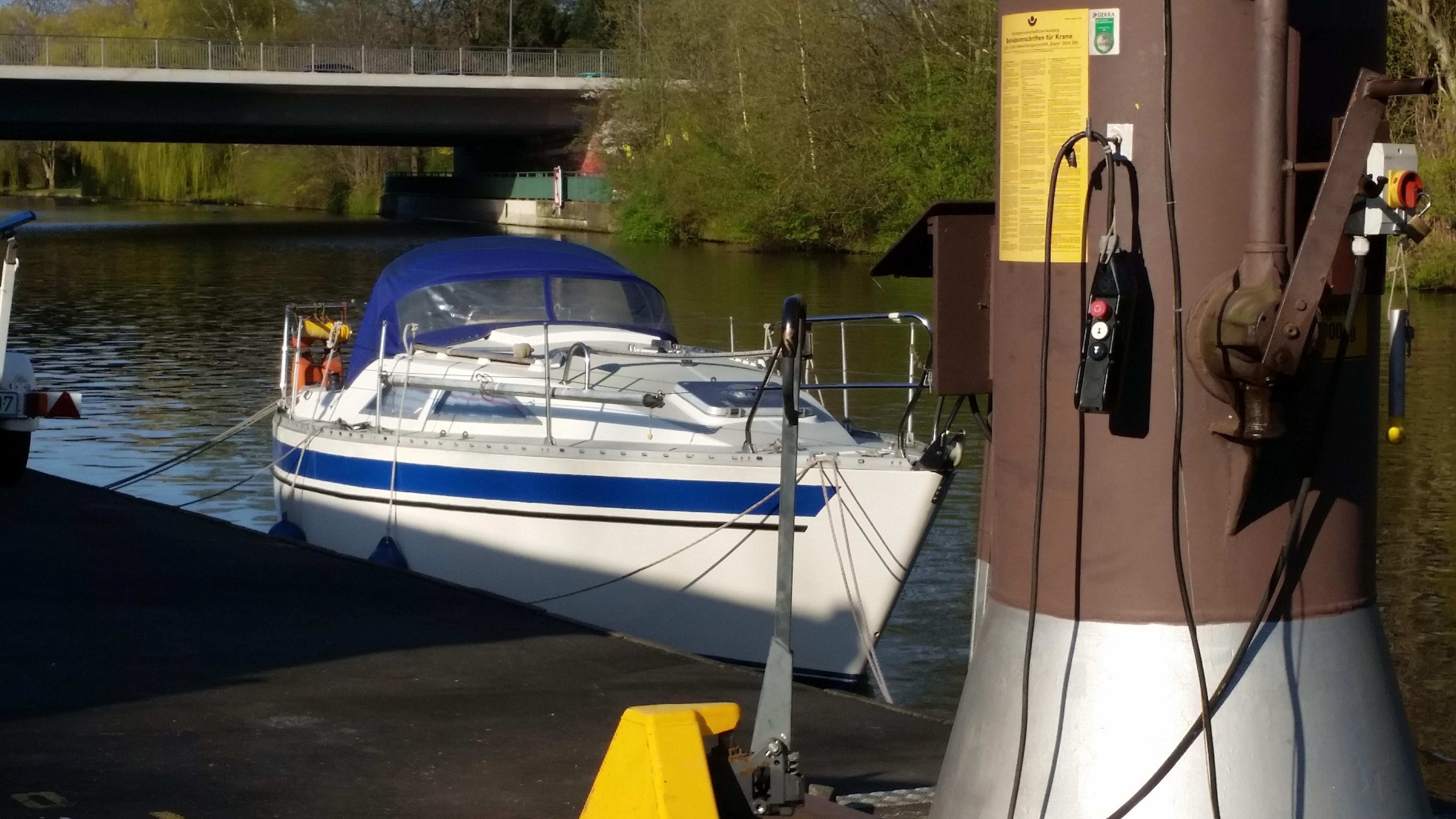Bootslagerung am Alsterlauf beim Anleger Hamburg